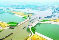 京杭大运河【全长约1794公里,开掘于春秋时期,完成于】隋朝,繁荣于唐宋,取直于元代,疏通于明清(从公元前486年始凿,至公元1293年全线通航),前后共持续了1779年。是世界史上开凿最早、最长的一条人工河道,是苏伊士运河的16倍,巴拿马运河的33倍】 - zyltsz196947 - zyltsz196947的博客
