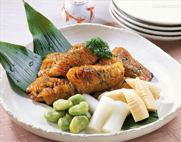 红烧鱼 海鳗 和蔬菜 日本
