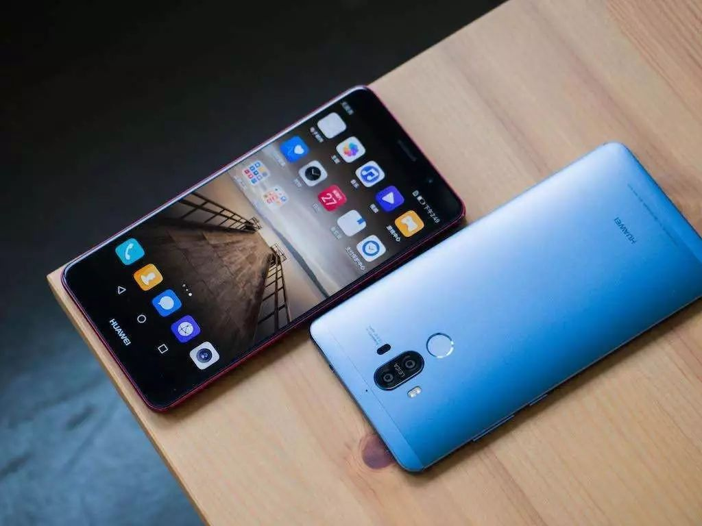华为mate10pro取消指纹识别,售价5499对标iphonex!