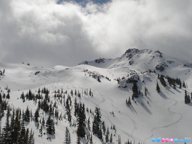 惠斯勒滑雪场 世界旅游景点之 加拿大温哥华惠斯勒滑雪场 高清图片