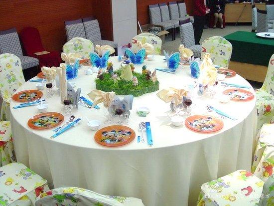 中餐宴会摆台_素年锦时图片