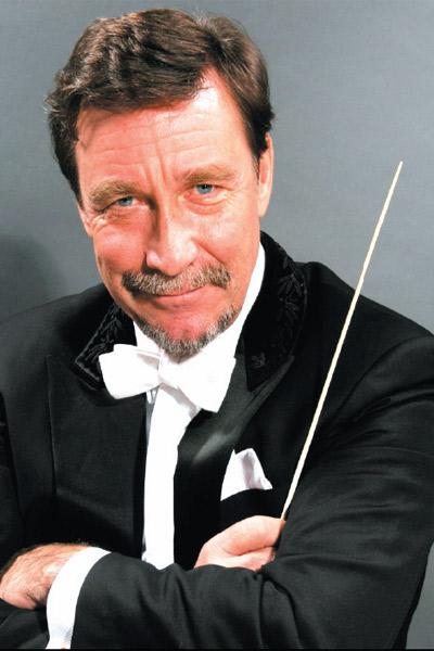 奥科 卡姆指挥西贝柳斯专场音乐会