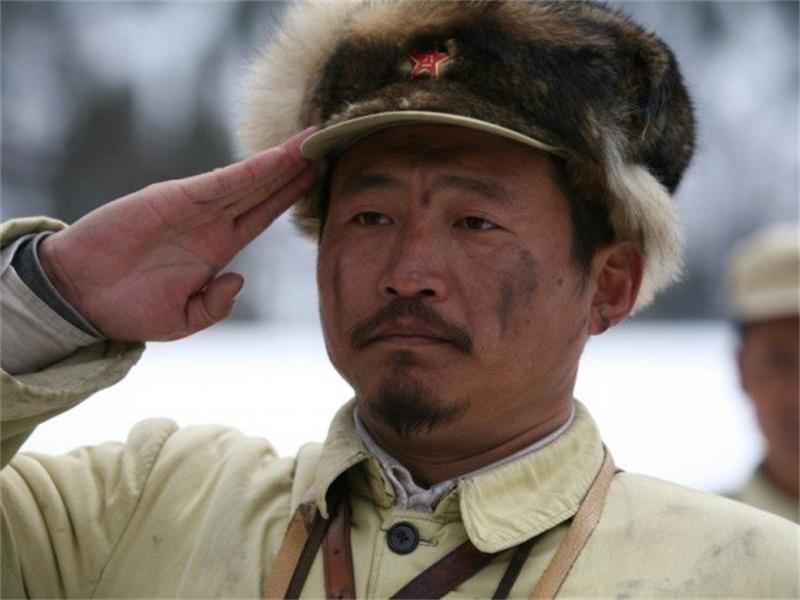 张大彪,是战争题材的电视剧《亮剑》中演员之一,由角色战卫华饰演,在韩剧仁医网盘图片