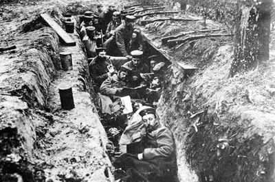 第一次世界大战(简称一战,1914年8月—1918年11月)是一场主要