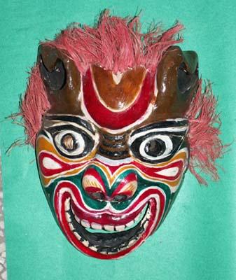 泸溪傩面具图片