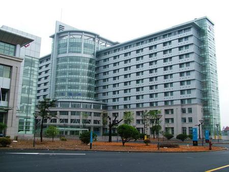 附属医院 高清图片