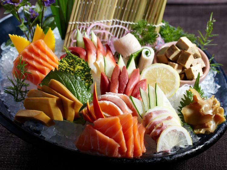 美食探源:中国人和日本人谁先吃生鱼片(刺身)?