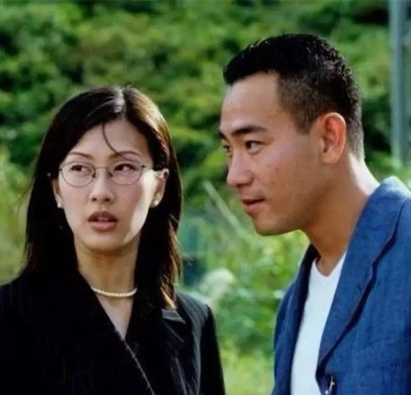 接下来,林保怡又和陈慧珊合作了《妙手仁心》,他们在这部剧里就好像图片