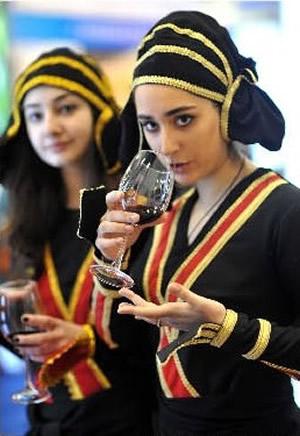 格鲁吉亚美女格鲁吉亚人格鲁吉亚格鲁吉亚人美女  竖