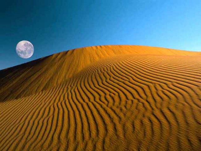 no.1 天漠 领略沙漠孤烟美景 盛夏北京周边的九大露营去处 高清图片