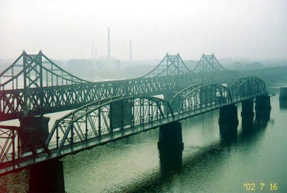 新鸭绿江大桥 朝鲜鸭绿江大桥 新鸭绿江大桥图片