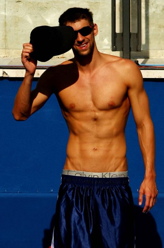 把喜欢的男明星的半裸图发上来,看看谁的身材和 ...