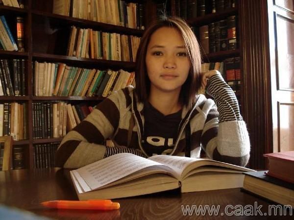 蒙古国美女_蒙古天骄吧图片