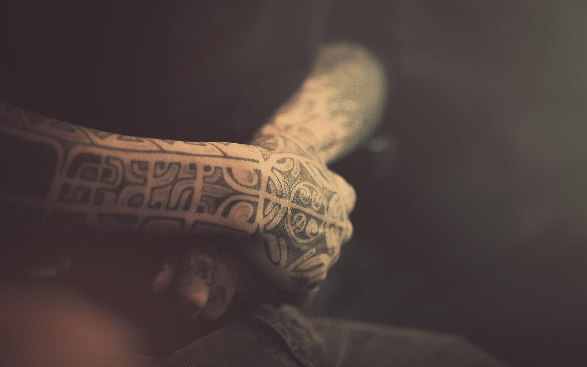 纹身桌面:._纹身吧_百度贴吧图片