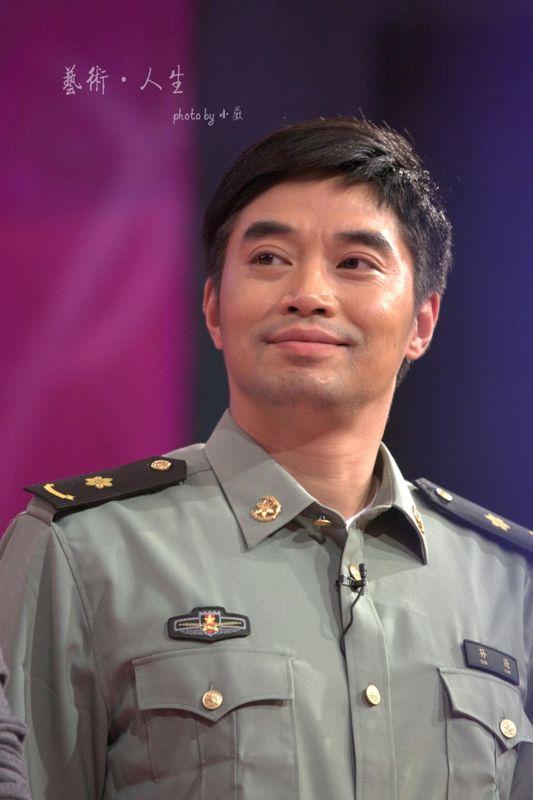 军人演员军装照片 2010年07月15日图片