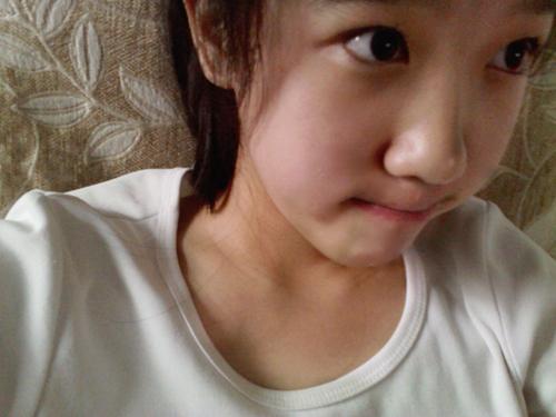 十三岁的小美女