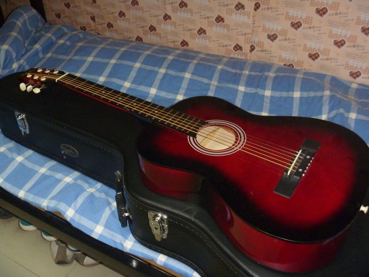 出售一把 吉他 价格便宜 手感好,送吉他基本乐理课1节 宜春高清图片