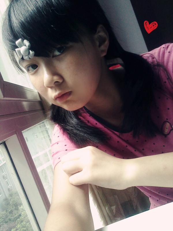 14岁的小美女 竖