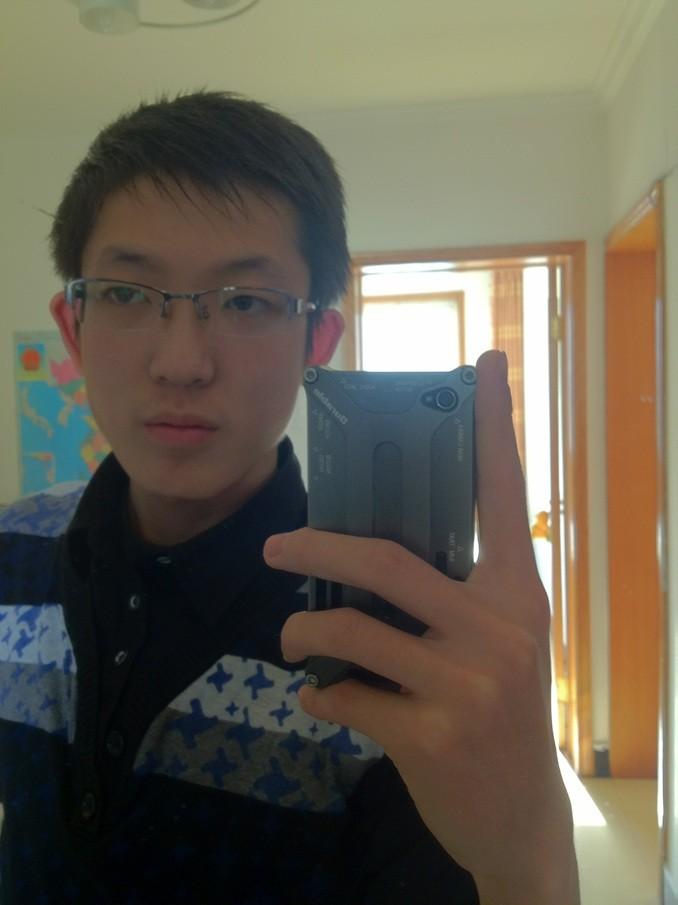 新人求助:高中一年级男生用什么发型好?图片