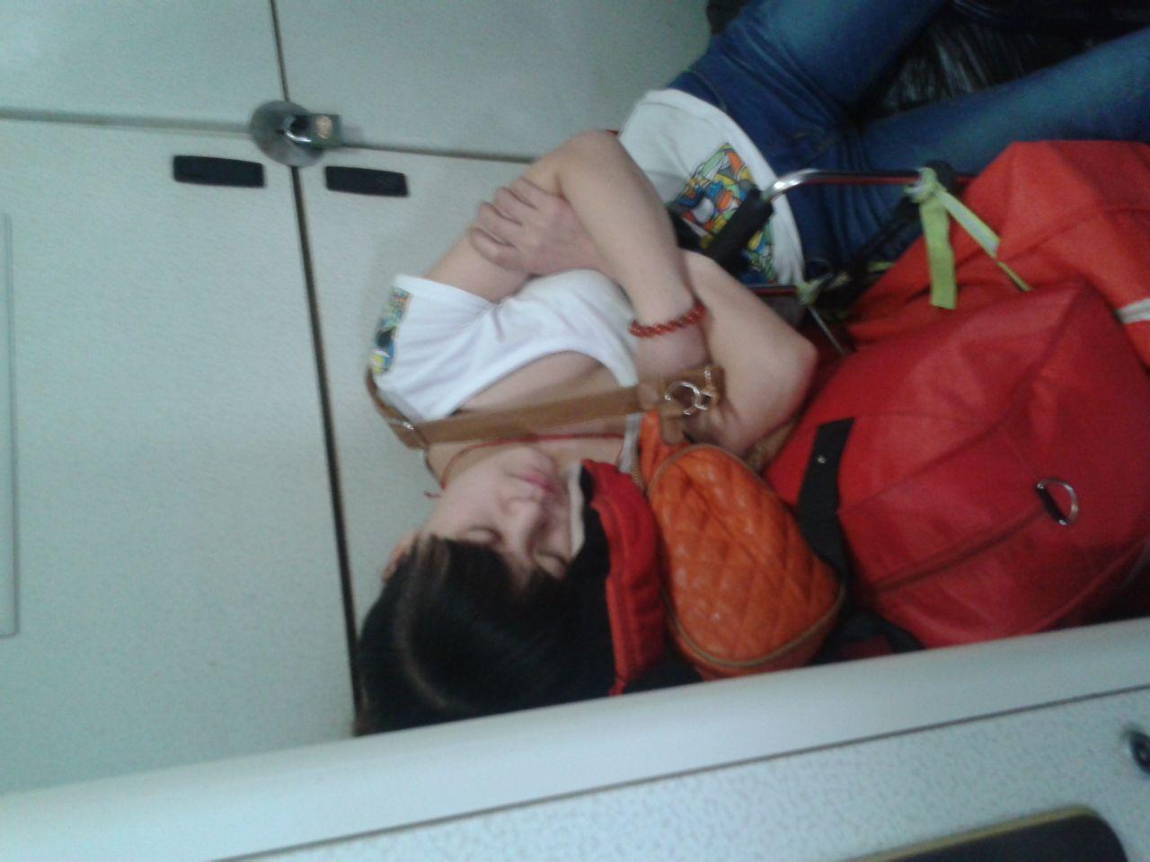 火车上看到的女孩 有图有