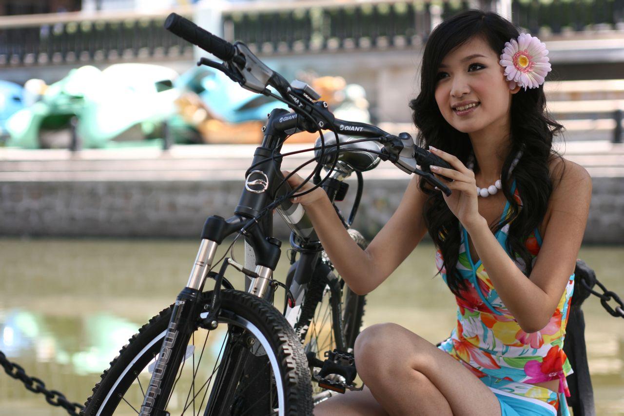 单车美女壁纸 莱阳骑行吧