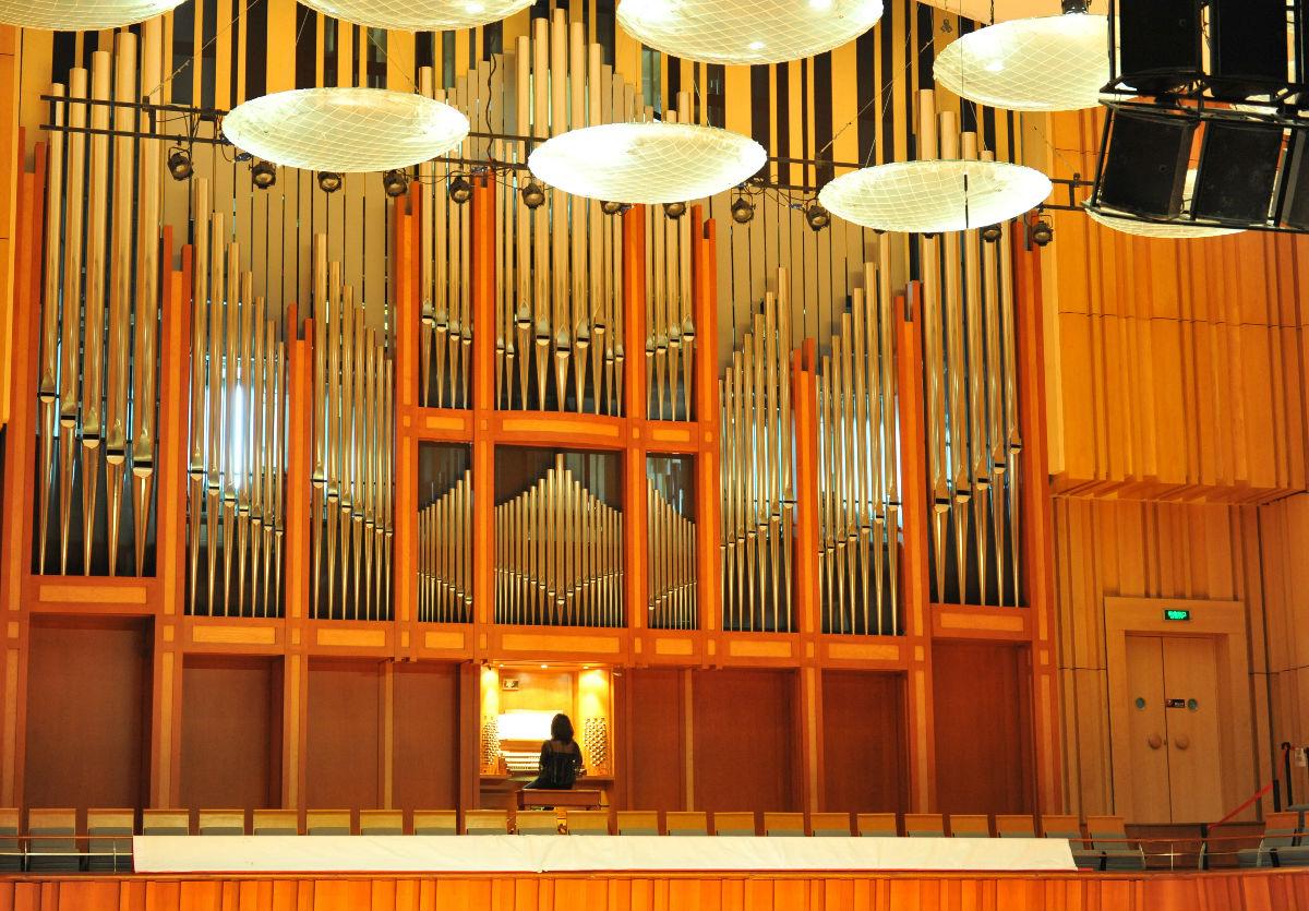 三场管风琴音乐会图片