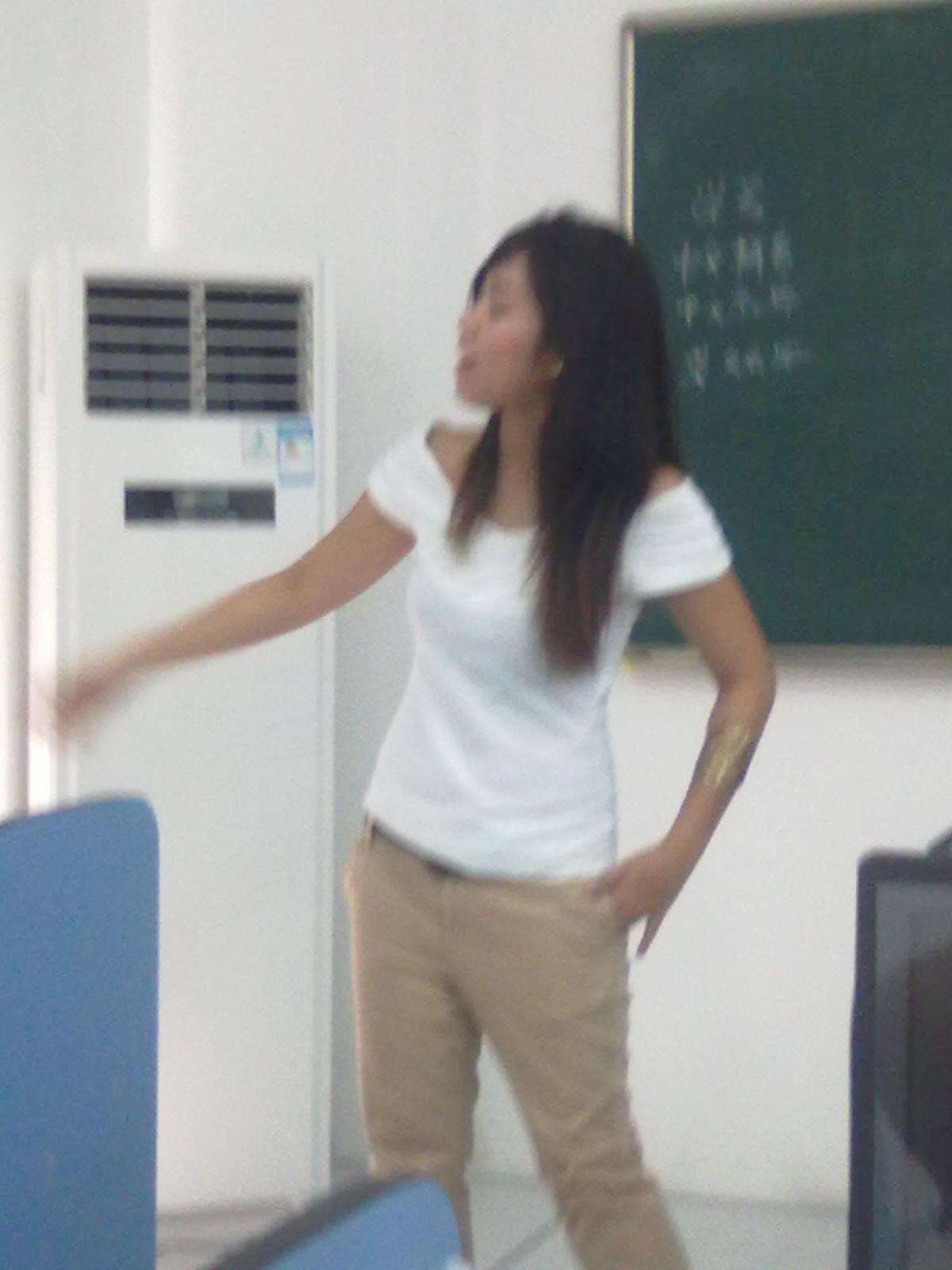 菲律宾的美女老师 高清图片