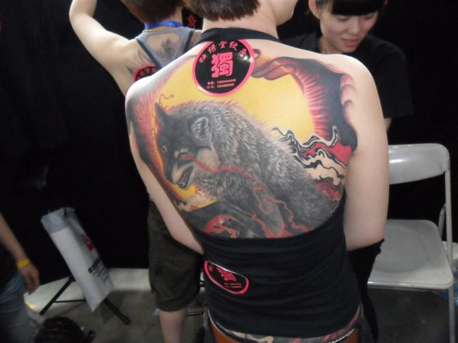 过肩龙霸气纹身图案分享展示图片