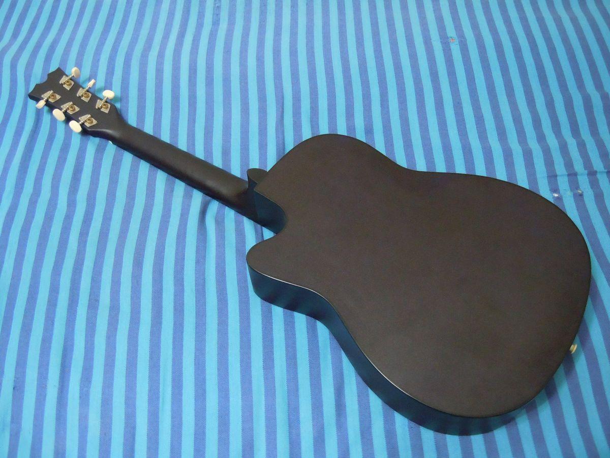 自学时买的入门吉他 红棉牌的 现在新买了吉他 这把180元高清图片