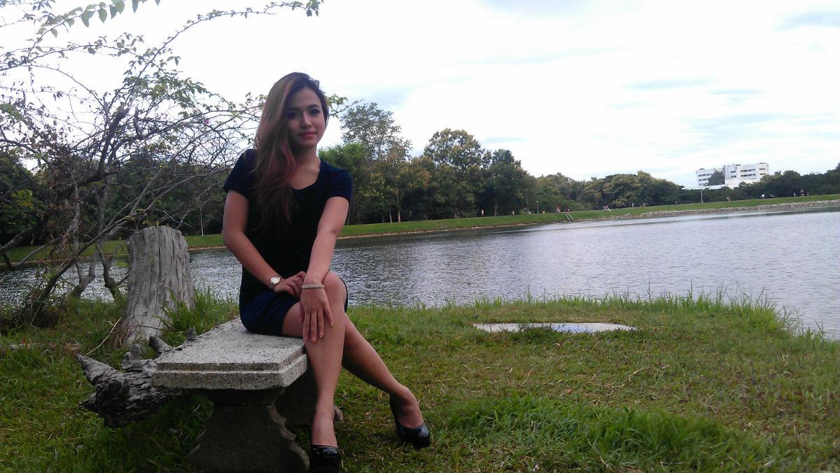 今天给泰国美女莉迪亚拍照