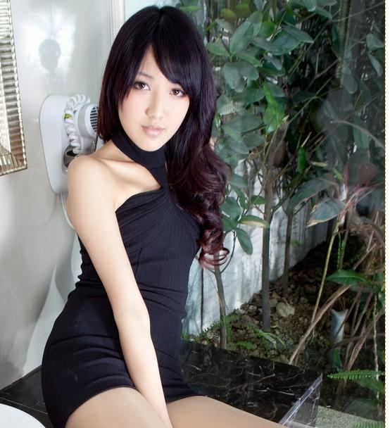 日本美女漏毛图
