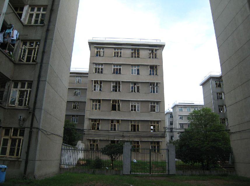 郑州大学的宿舍原来这水平.图片