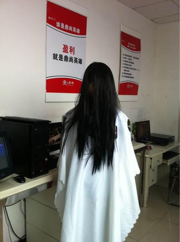 白衣长发女鬼图片展示