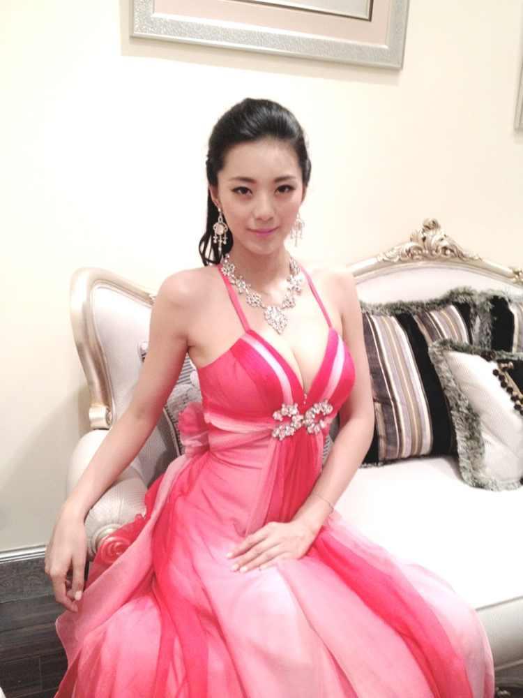 2012中国四大美女祝福洛阳新老朋友端午节快乐
