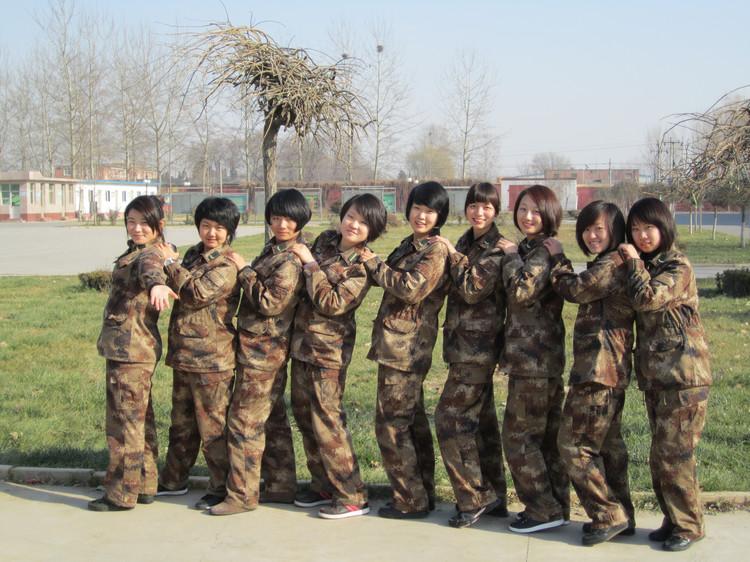 部队女兵头发图片大全展示图片图片
