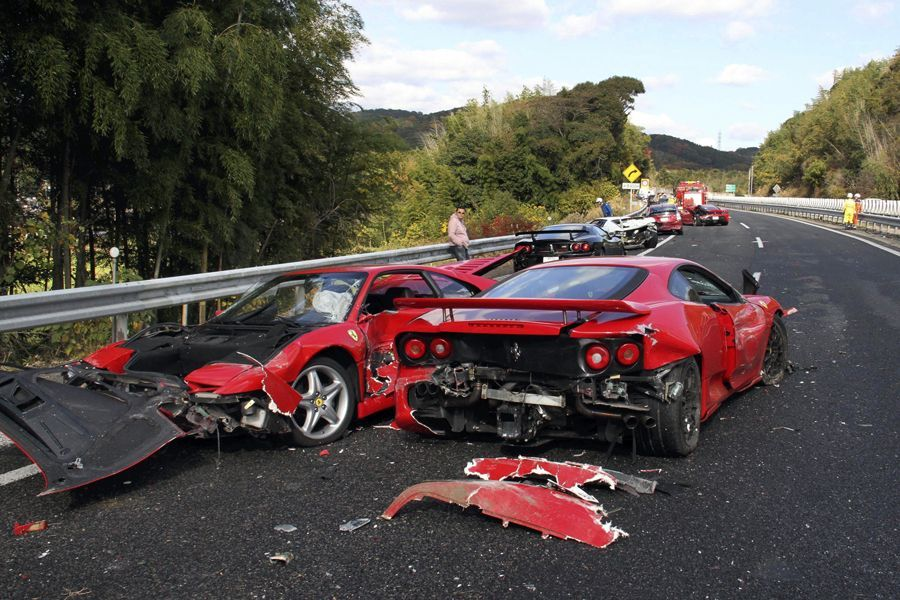 世界最贵车祸 最惨烈的车祸胆小勿进 盘点史上最贵十大车祸 高清图片