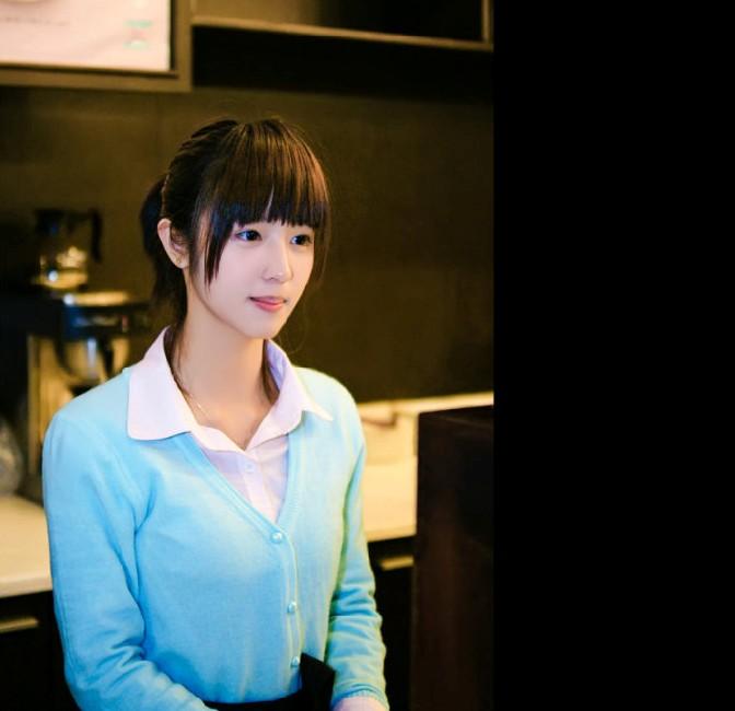 齐刘海马尾辫才是女生最好看的发型好吧!图片