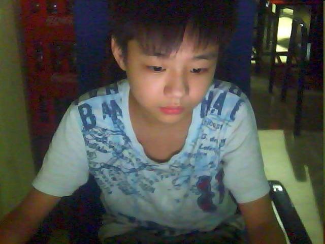 13岁帅哥照片 混血儿 13 14帅哥照