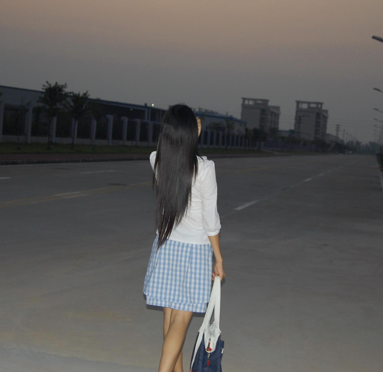 长发美女背影图片女生长发背影图唯美长发背影长发