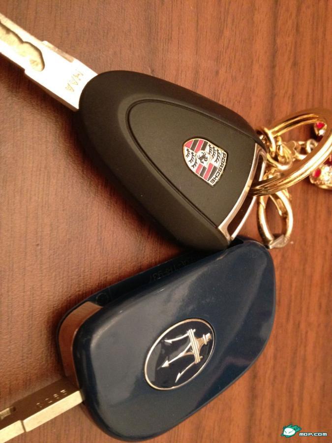 玛莎拉蒂论坛   玛莎拉蒂的 车钥匙   【精华】玛莎拉蒂总裁 高清图片