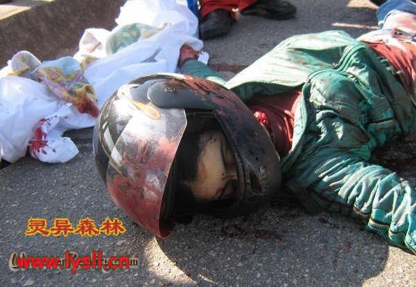 开宝马的美女车祸被闯死了!可惜《图片》