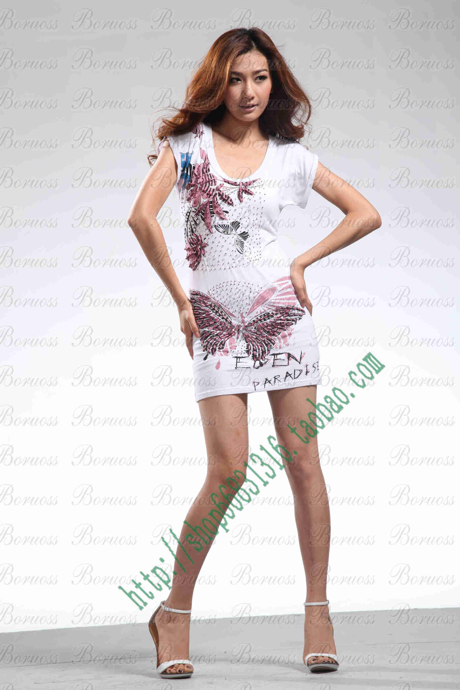 的. 胖女孩如单穿连衣裙,容易显胖.搭配蓬蓬裙后能增加全身高清图片
