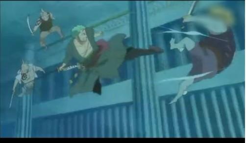 这集的看点原来是索隆用脚踢人~~~~~~以前有踢过人吗图片图片