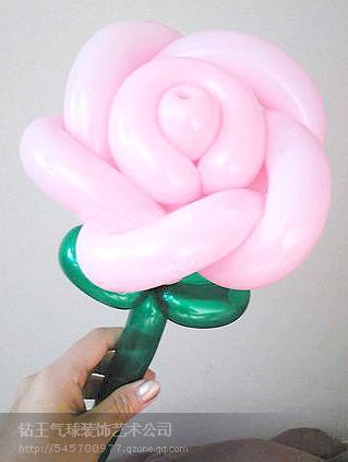元旦气球玫瑰花预订中图片