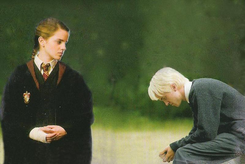 哈里波特 故事角色与演员真实形象对比大曝光 申 哈利波特吧
