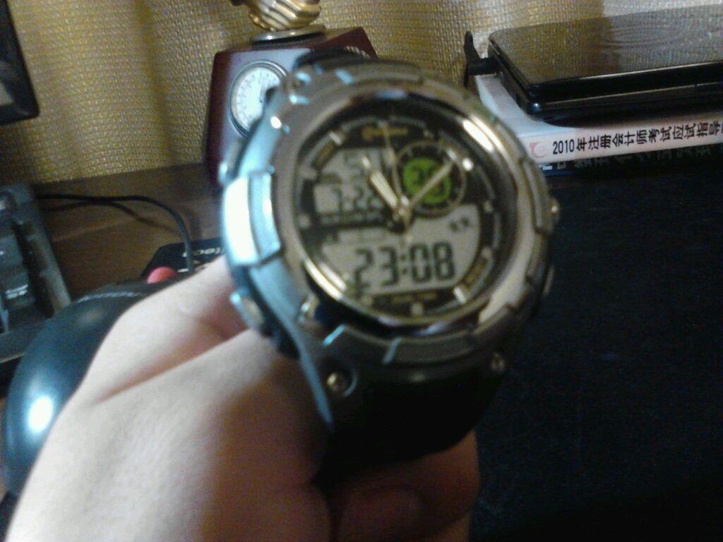 刚买的ez 未来战士 纪念手表,众屌丝怎么破 lol吧 百度贴吧 高清图片