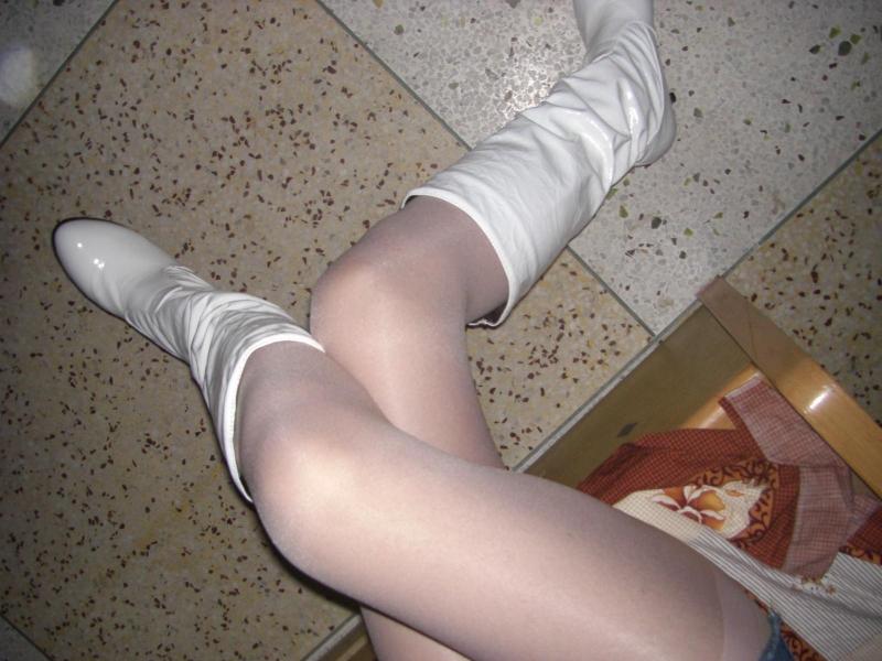 冬天可以穿肉色棉裤吗