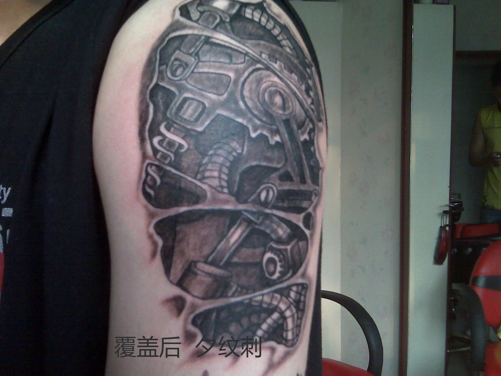30万的机械臂纹身分享展示图片