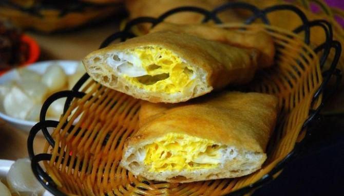 三、楚旺扒糕 楚旺扒糕是内黄县楚旺镇具有地方风味的小吃...