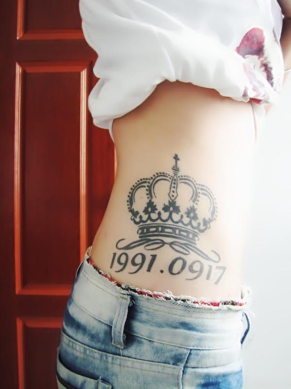 腰上英文纹身图片